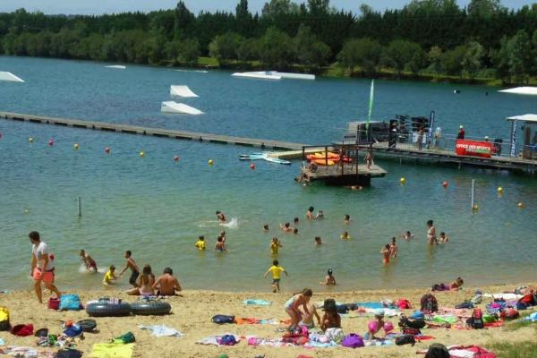 water-park-de-sames-plage-601DCF17B7-22DA-D4A9-1187-9BA9D1F3F95F.jpg