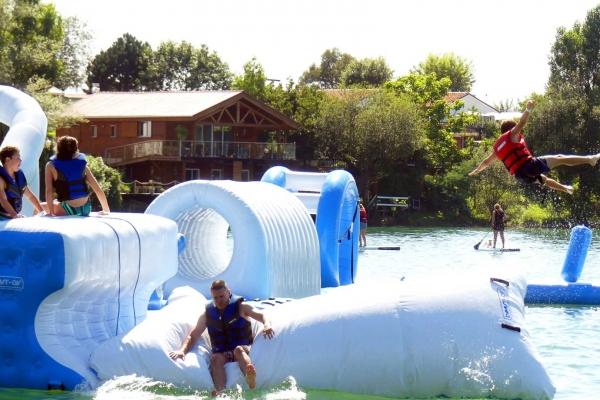 water-park-de-sames-parcours-aquatique-19A4DB72F9-971B-61F4-D068-6CC963422B62.jpg